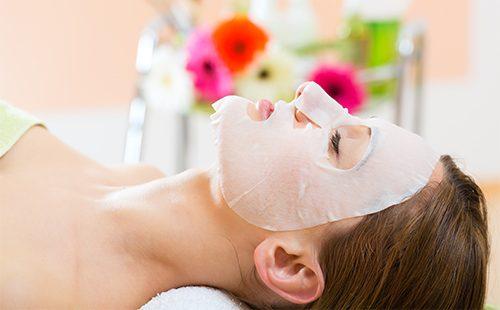 Mascarilla facial de parafina y vendajes de parafina: indicaciones y contraindicaciones, recetas, reseñas.