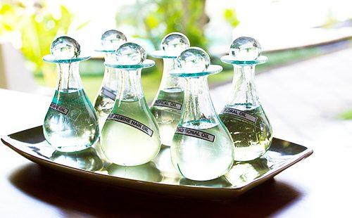 Vitamina A para el cabello: tomada por vía oral o externa, en ampollas o cápsulas, proporciones, recetas